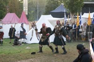 Der wiederbelebte Chef der Schotten zieht mit seinem Schamanen wieder in den Kampf